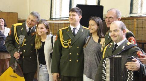 Alexandrovci na Gymnáziu Ľudovíta Štúra